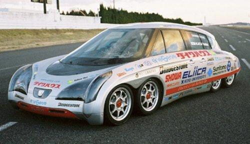 Восьмиколесный электромобиль