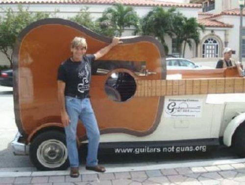 Машина-гитара