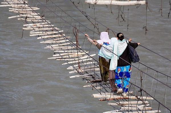 страшный мост фото