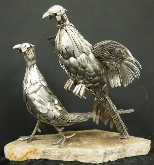 Скульптуры из вилок и ложек